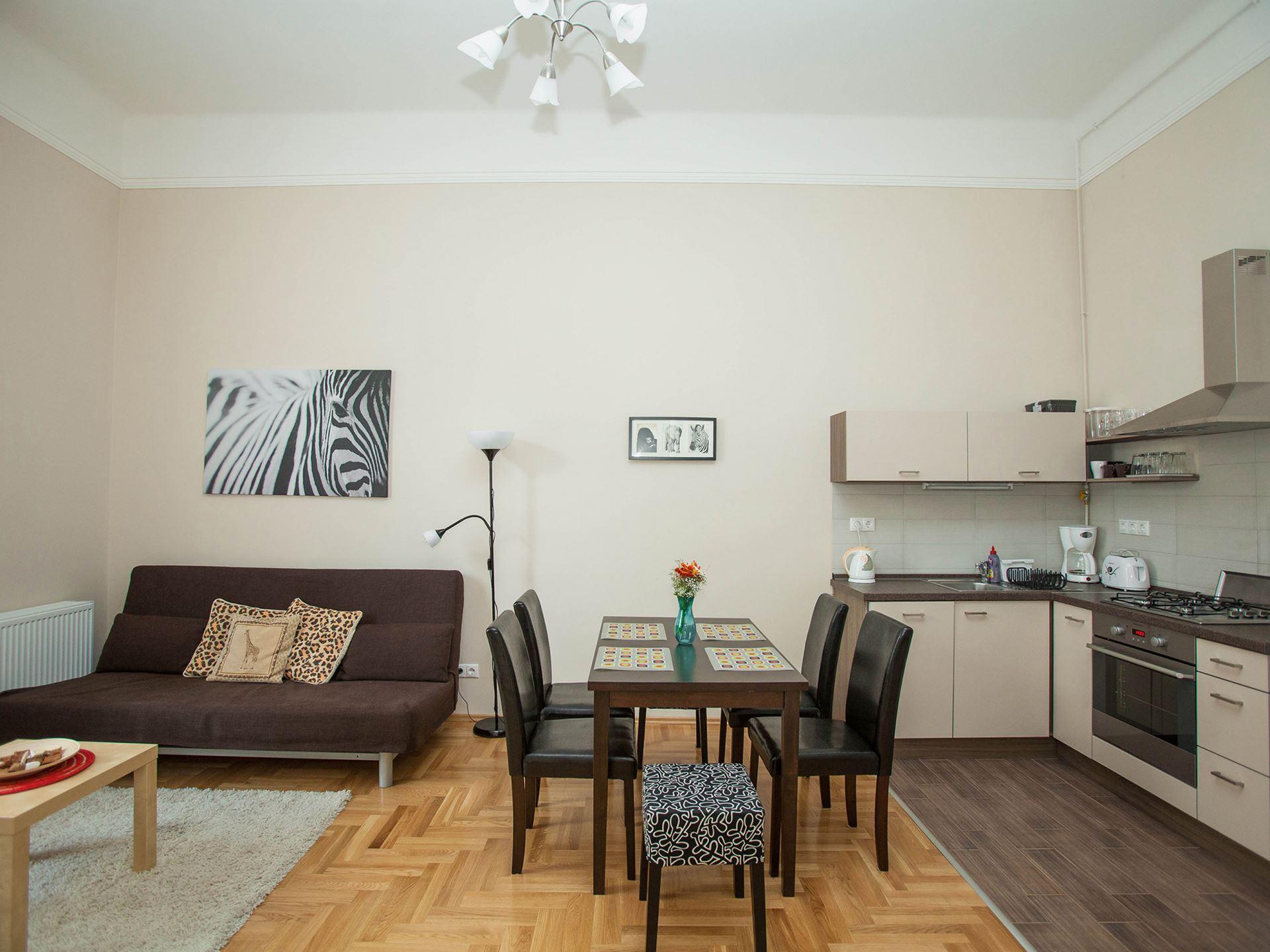 Two-bedroom 1091 Budapest, Üllői street 11-13. Hungary - Mentha ...